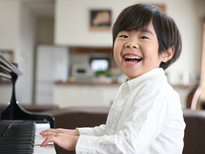 子どもの将来に役立つおすすめの習い事5選