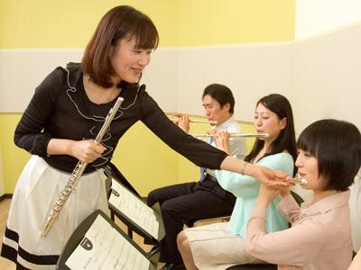音楽教室へ行ってレッスンを受けよう