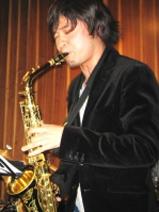 ヤマハ大人の音楽レッスンサックスコース担当辻野進輔講師