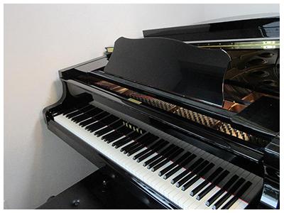 ご使用楽器はS6・C3・エレクトーン。