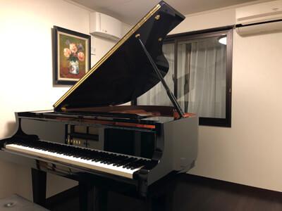 近隣を気にせずグランドピアノで練習する為の防音部屋(カーペットからフローリングに!)